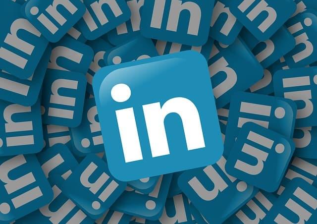 linkedin logo vaga de emprego - Como Preencher o LinkedIn quando não estiver Trabalhando
