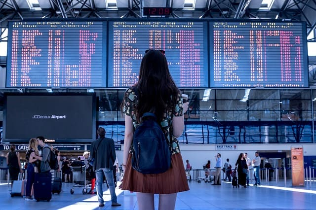 perdido sozinho aeroporto - Como é Morar Fora do Brasil? 3 dicas de quem já foi para o exterior
