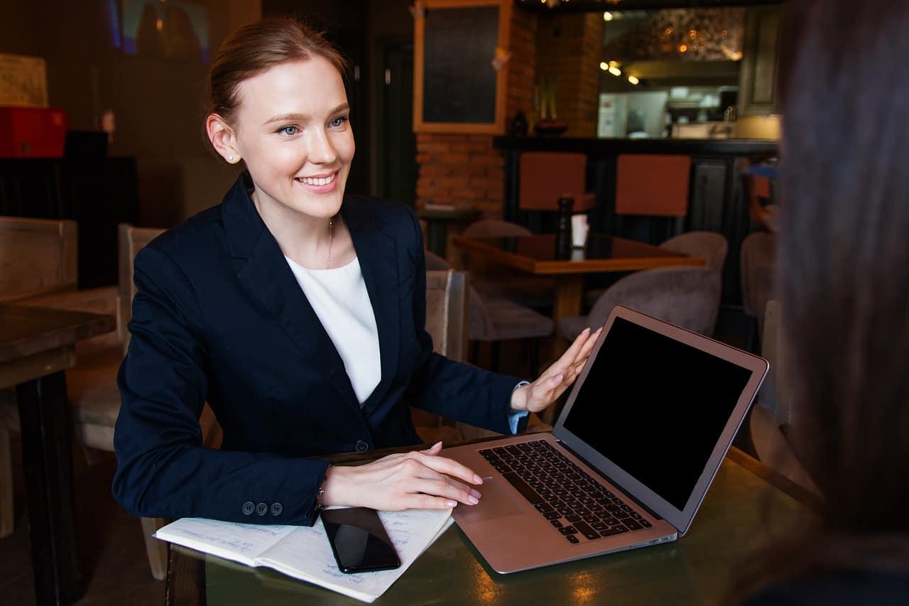 entrevista de emprego vaga 1024x682 - Técnica simples para responder à pergunta mais temida: Como falar seus defeitos numa entrevista de emprego?